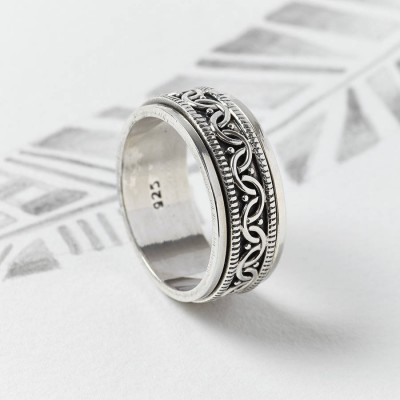 Celtic Spinning Ring - Custom Jewellery By All Uniqueness